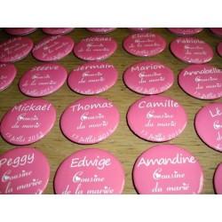 Badges personalisés pour toute occasion mariage, baptème, anniversaire