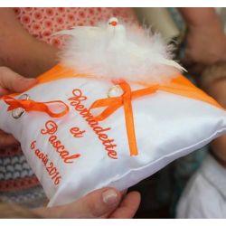 porte alliances : les colombes en orange