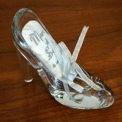 porte alliances : la chaussure de verre