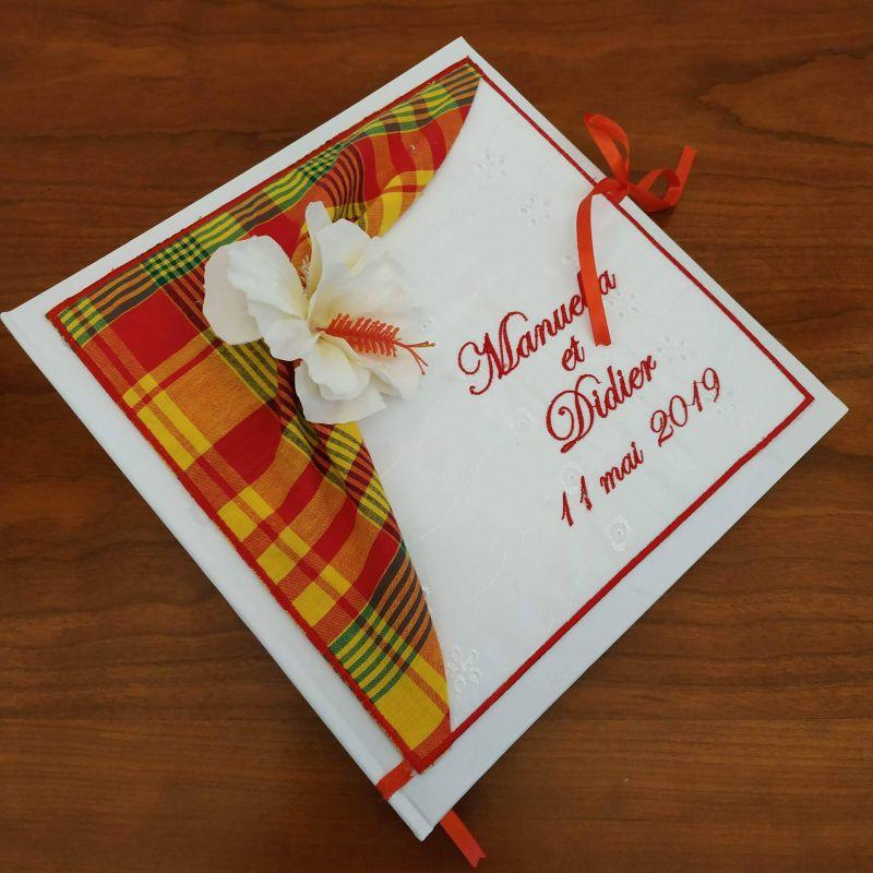Livre d'or personnalisé :  le créole avec hibiscus ton orange / rouge (ou autre)